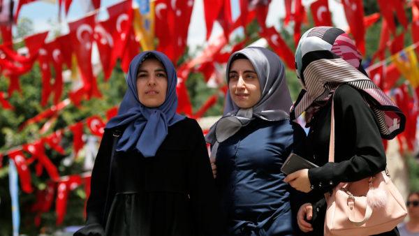 Säkulare Religion auf Türkisch
