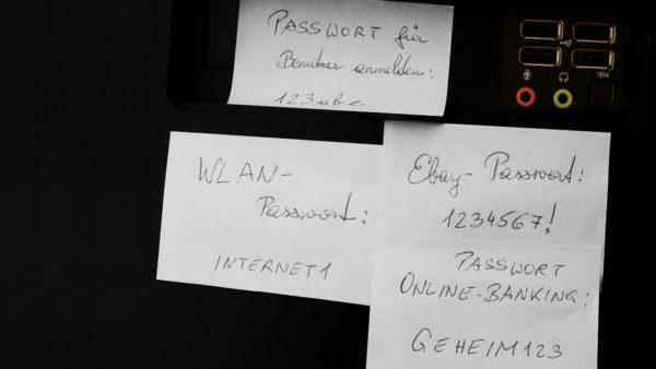 Passwörter von Politikern frei im Netz