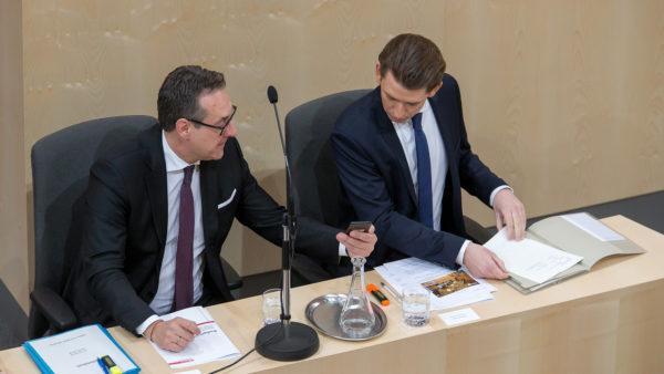 Höhlen ÖVP und FPÖ den Parlamentarismus aus?
