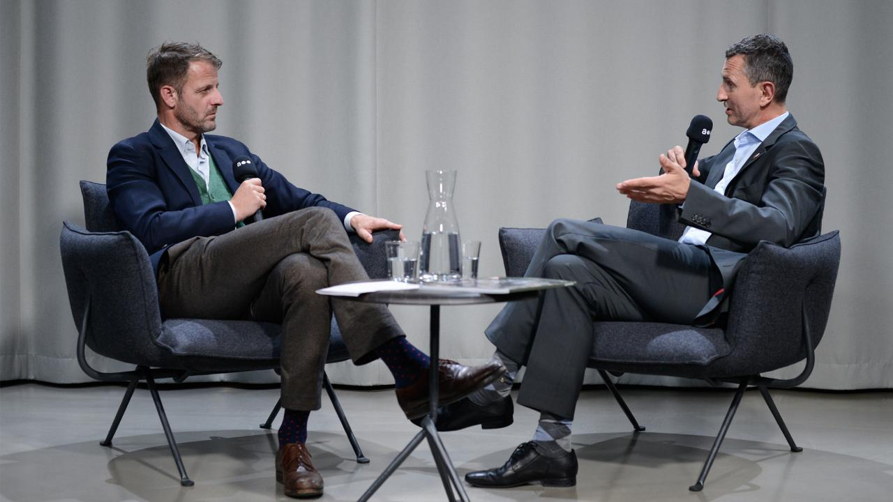 Verteidigungsminister Thomas Starlinger im Gespräch mit Michael Fleischhacker
